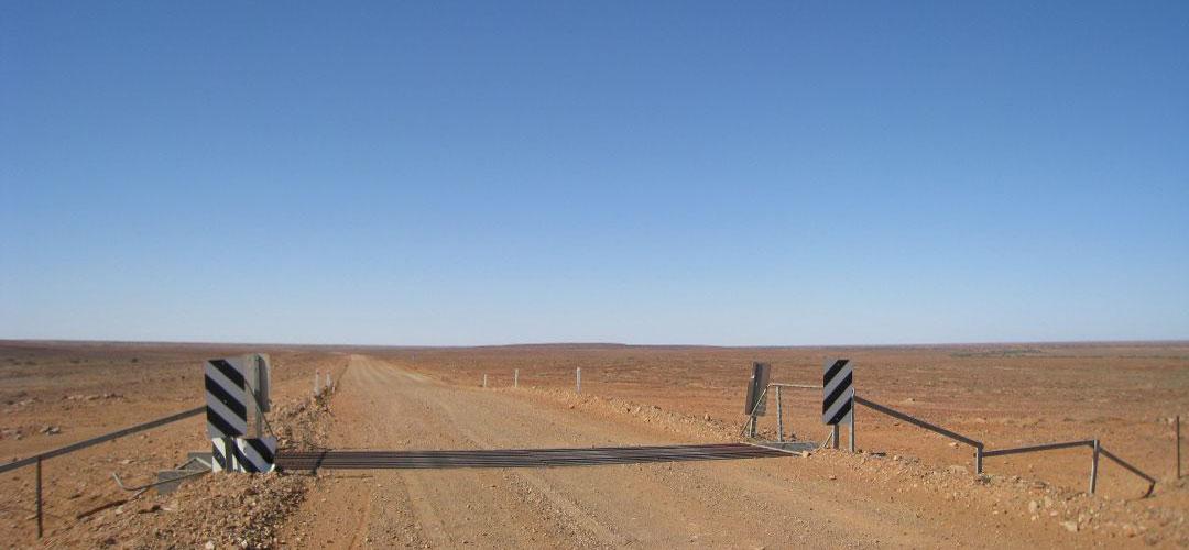 almost epic bike tour, road to Finke, Northern Territory